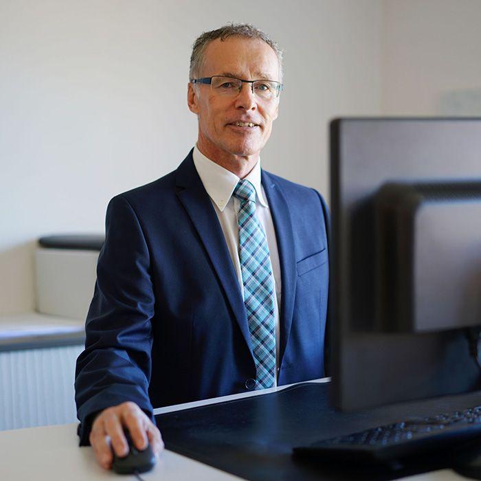 Bruno Baumgartner - TORGLER TREUHAND AG