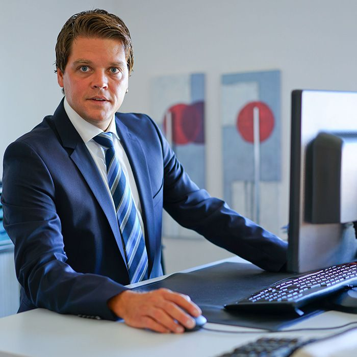 Andreas Manser - TORGLER TREUHAND AG